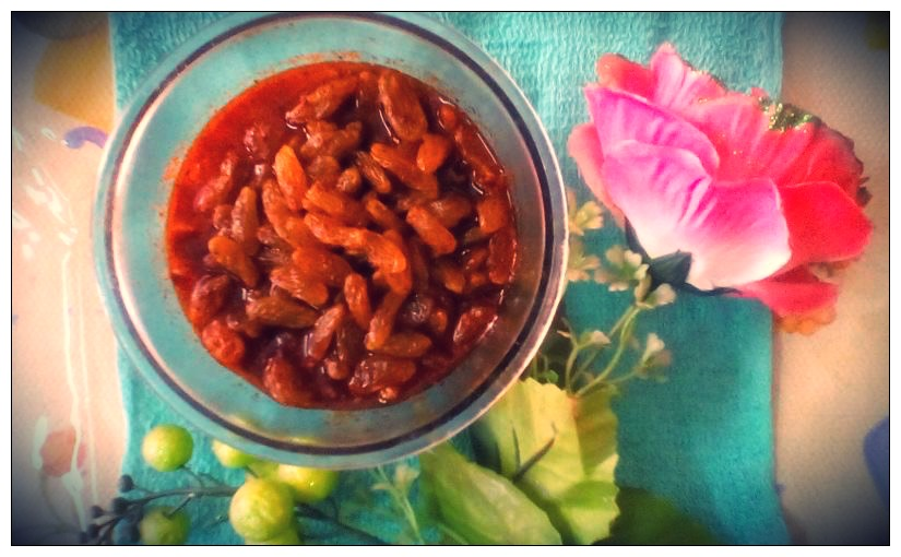 Sweet-tangy raisin pickle