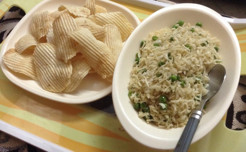 Beaten Rice And Peas Fry With Homemade PotatoChips