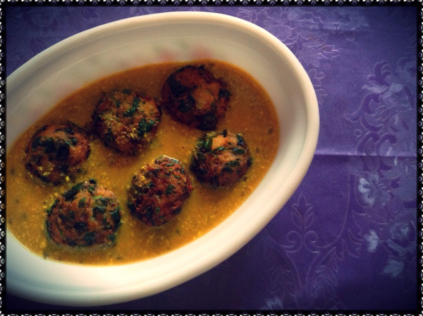 Potato-Fenugreek Pakoda Kadhi