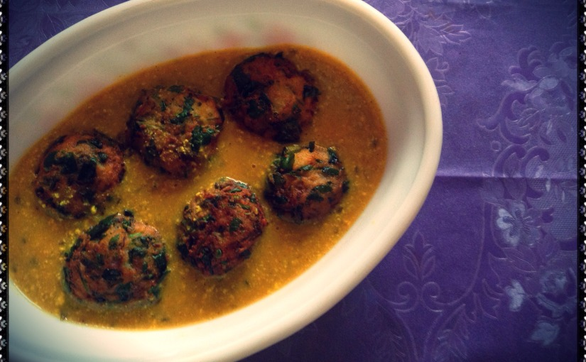 Potato-Fenugreek Pakoda Kadhi