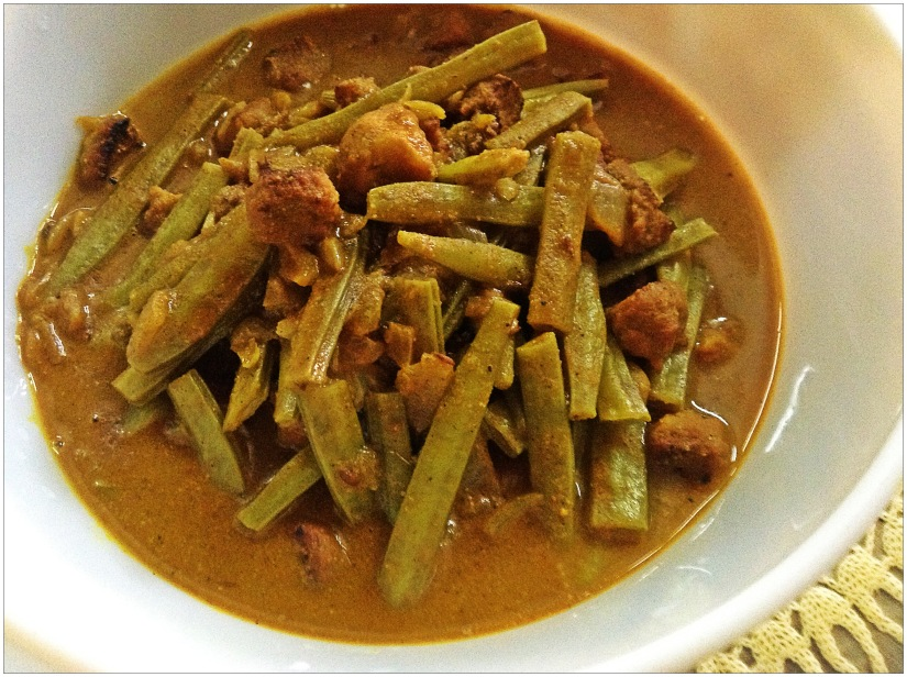 Cluster Beans And Split Green Gram Badi Curry
