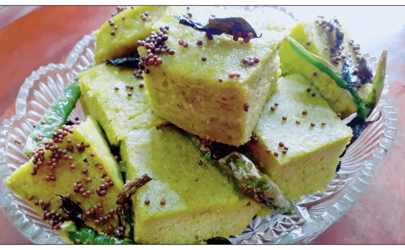 Split Bengal Gram Dhokla With Spinach And Fenugreek Leaves